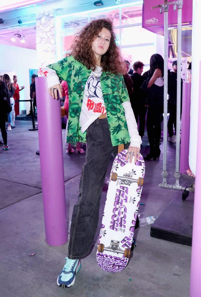 Kylie Jenner und Adidas Originals übernehmen den Sunset Boulevard