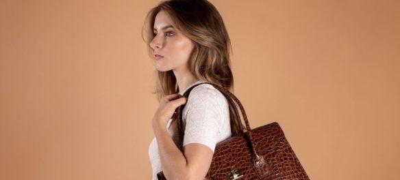 Luxus-Taschen im Kroko-Retro-Look