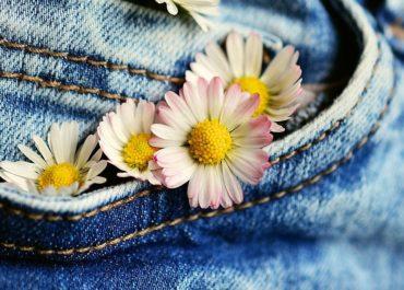 Cardi B redet über ihre neue Fashion-Kollektion
