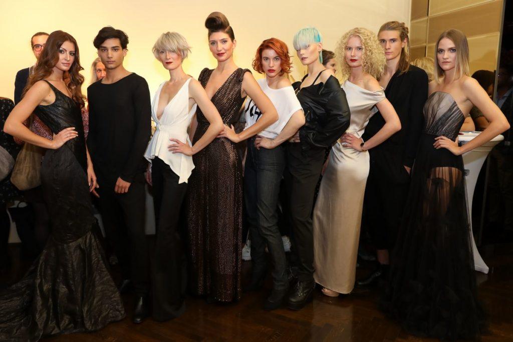 Kleid-Versteigerung aus der Kollektion von Nina Kepplinger