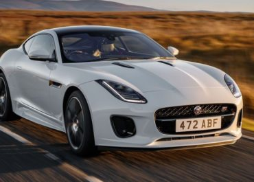 "F-Type als Sondermodell ""Chequered Flag"""