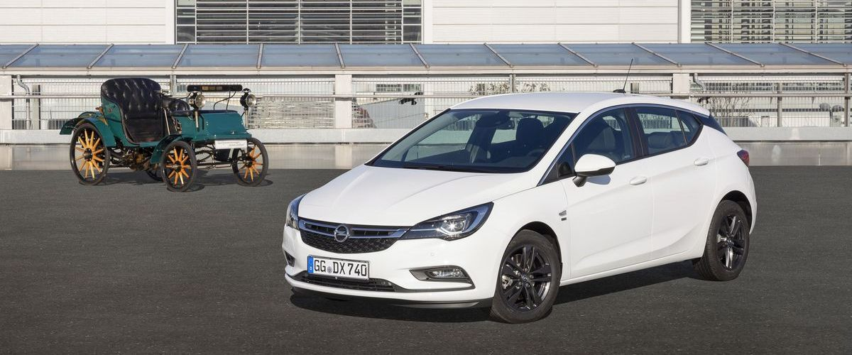 Opel Astra 120-Jahre-Edition