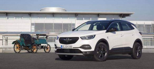 Opel Grandland X 120-Jahre-Edition