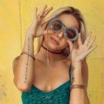Urlaub: Bunte Looks für Party, Kunst und Natur