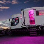 Mit Love-Box: Im Pistenbully auf 2.400 Metern Höhe