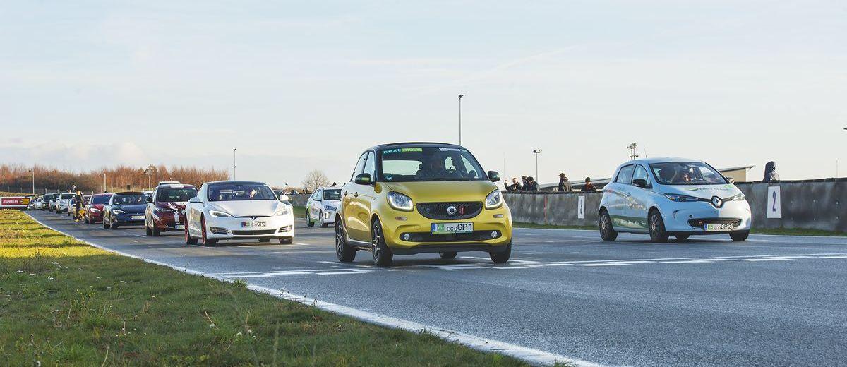24-Stunden-Rennen für Elektroautos in der Motorsport-Arena in Oschersleben