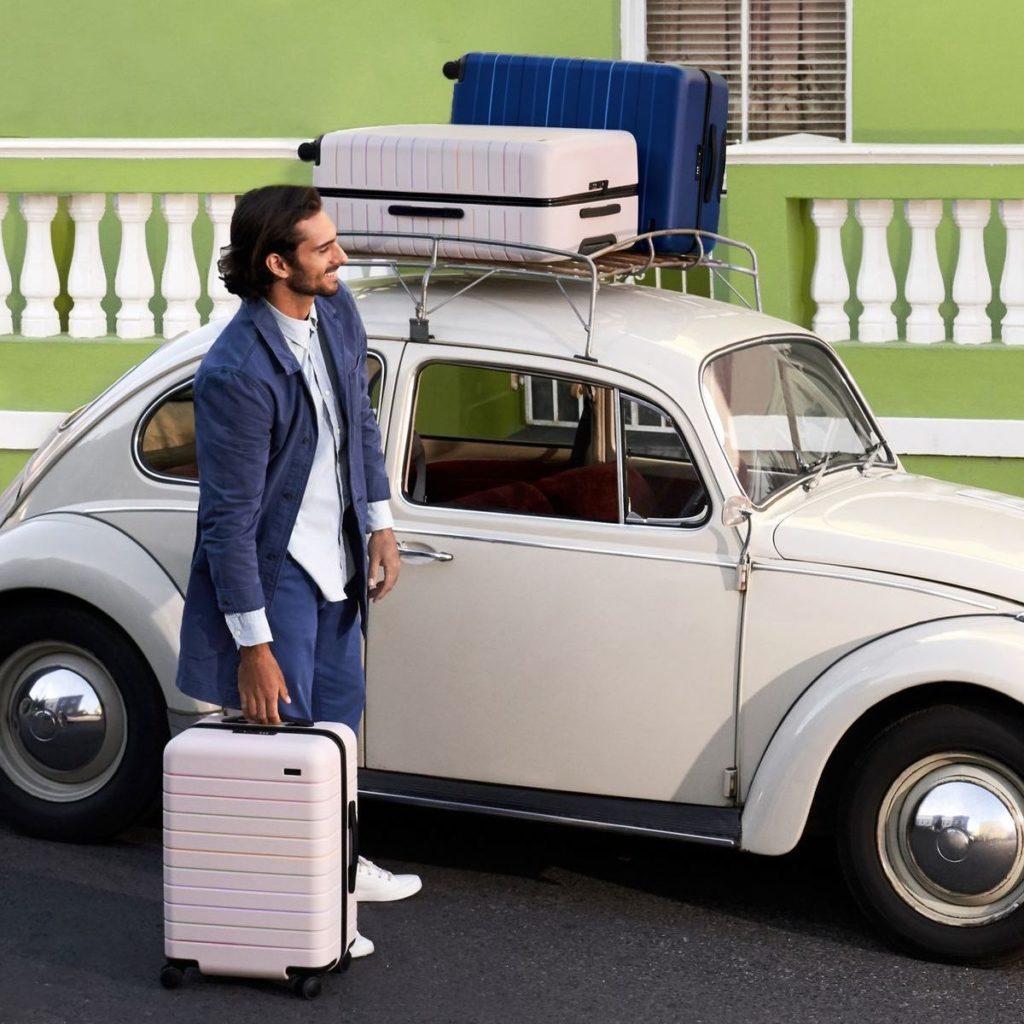 Reisegepäck von Away, Kollektion On View