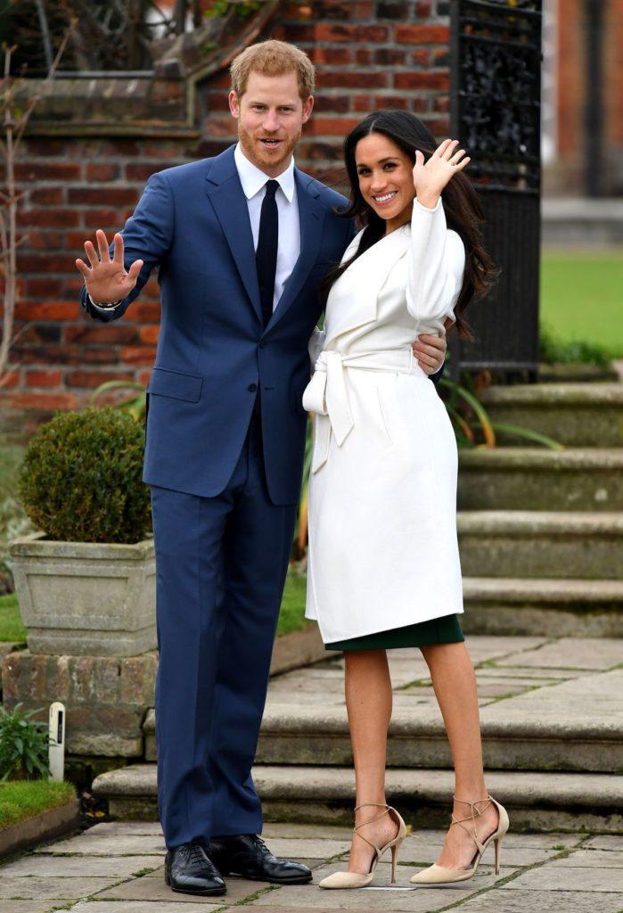 Meghan trägt bei ihrer Verlobung Pumps von Aquazzura