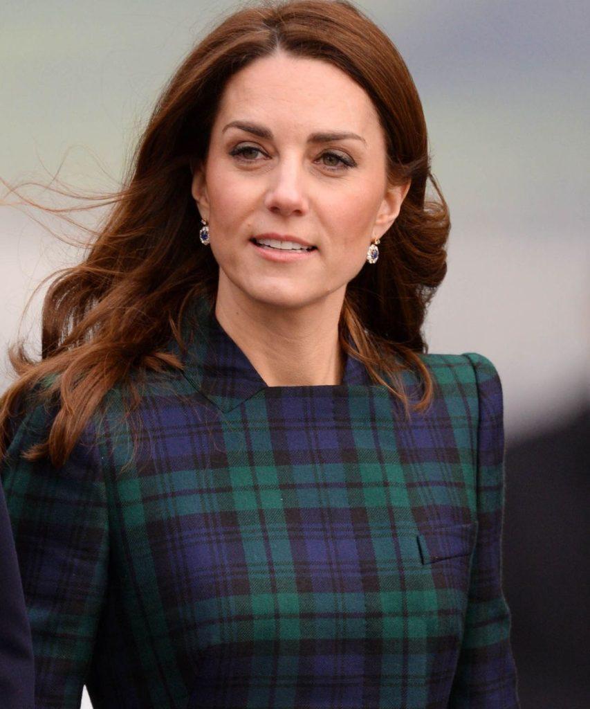 Kate liebt ihren McQueen Mantel