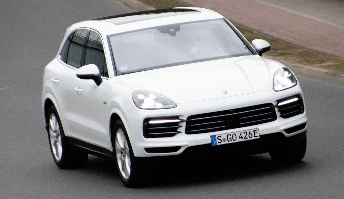 Porsche Cayenne E-Hybrid (2019)