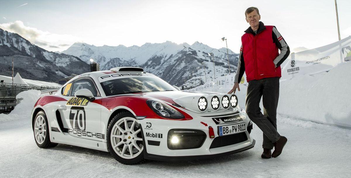 Walter Röhrl mit dem Porsche Cayman GT4 Rallye