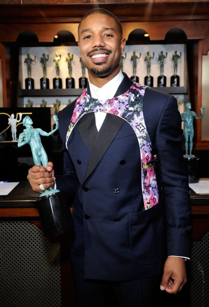 Michael B. Jordan trägt Louis-Vuitton Leibgurt