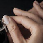 Der Luxusuhrenhersteller MB&F stellt erstmals eine Damenuhr vor