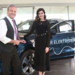 Der Audi e-Tron stromert nach Hamburg