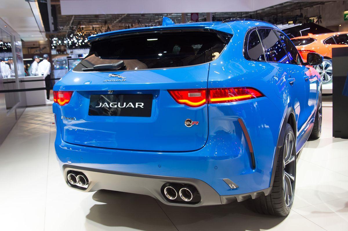 Jaguar F-Pace SVR (2019) bei der Paris Motor Show