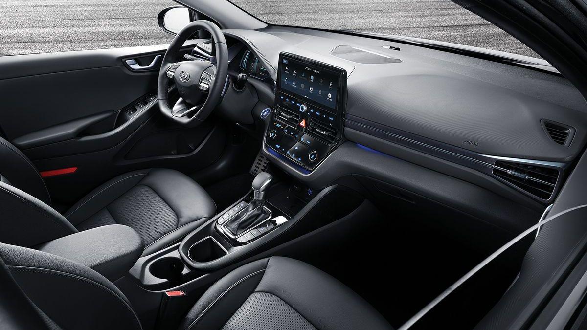 Hyundai Ioniq Hybrid (2020)