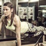 Hack Your Body: Fitness-Star Yasmin Karachiwala auf Vakkaru Maldives