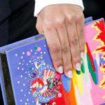 Neuer Trend: Promis mit Büchertaschen von Olympia Le-Tan