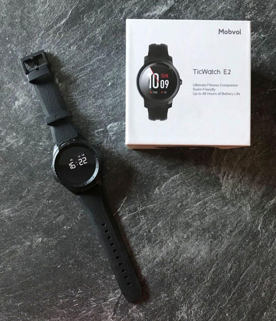 Die Premium-Smartwatch TicWatch S2.