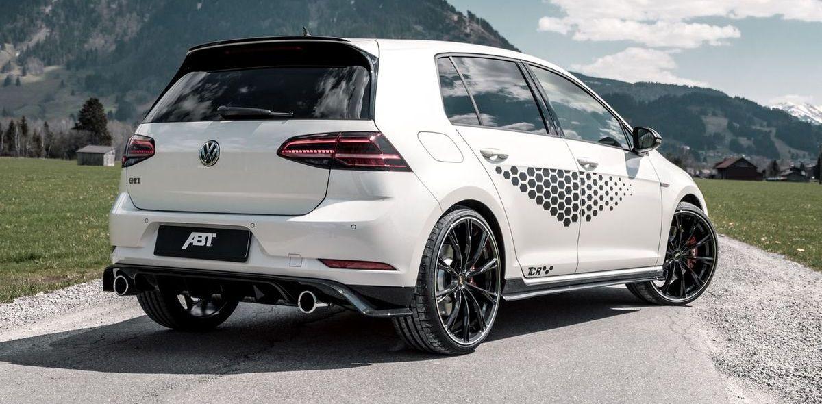 Abt bietet für den VW Golf GTI TCR eine Leistungssteiegrung auf 340 PS an.