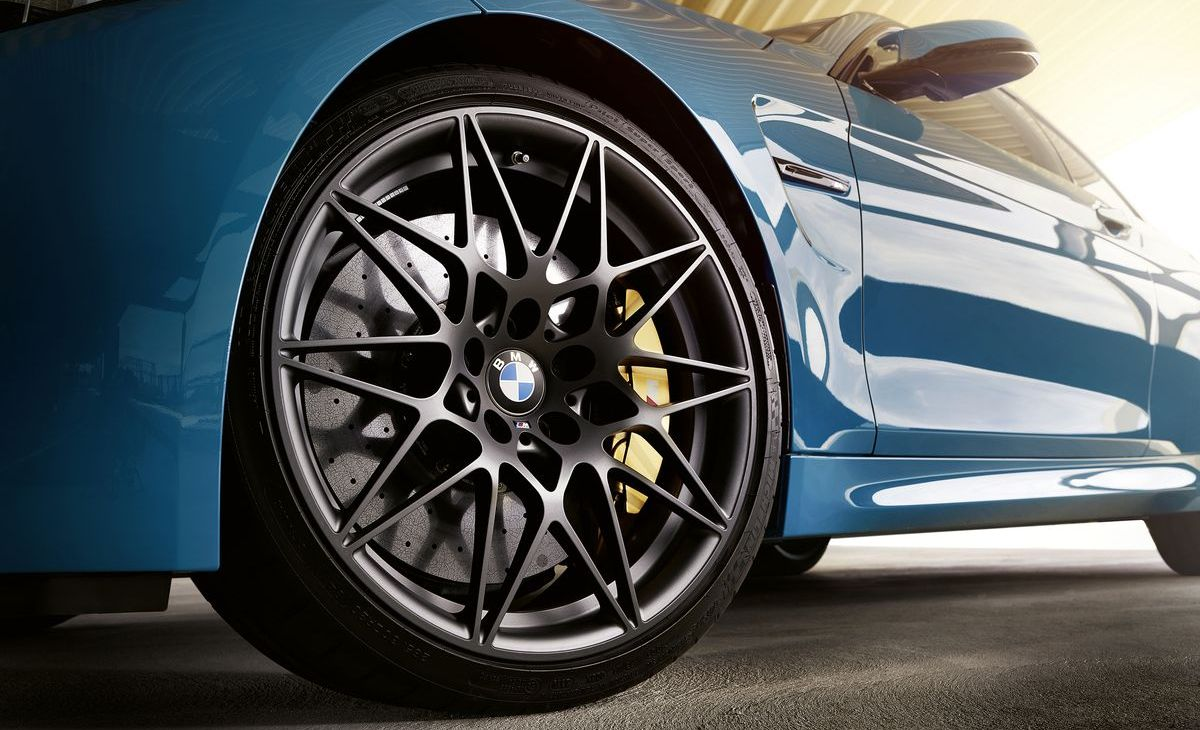 BMW M4 Edition M-Heritage