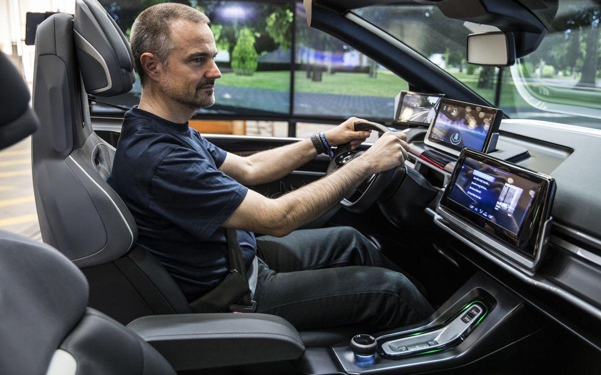 In Zukunft sind das Auto und der Fahrer ein Team