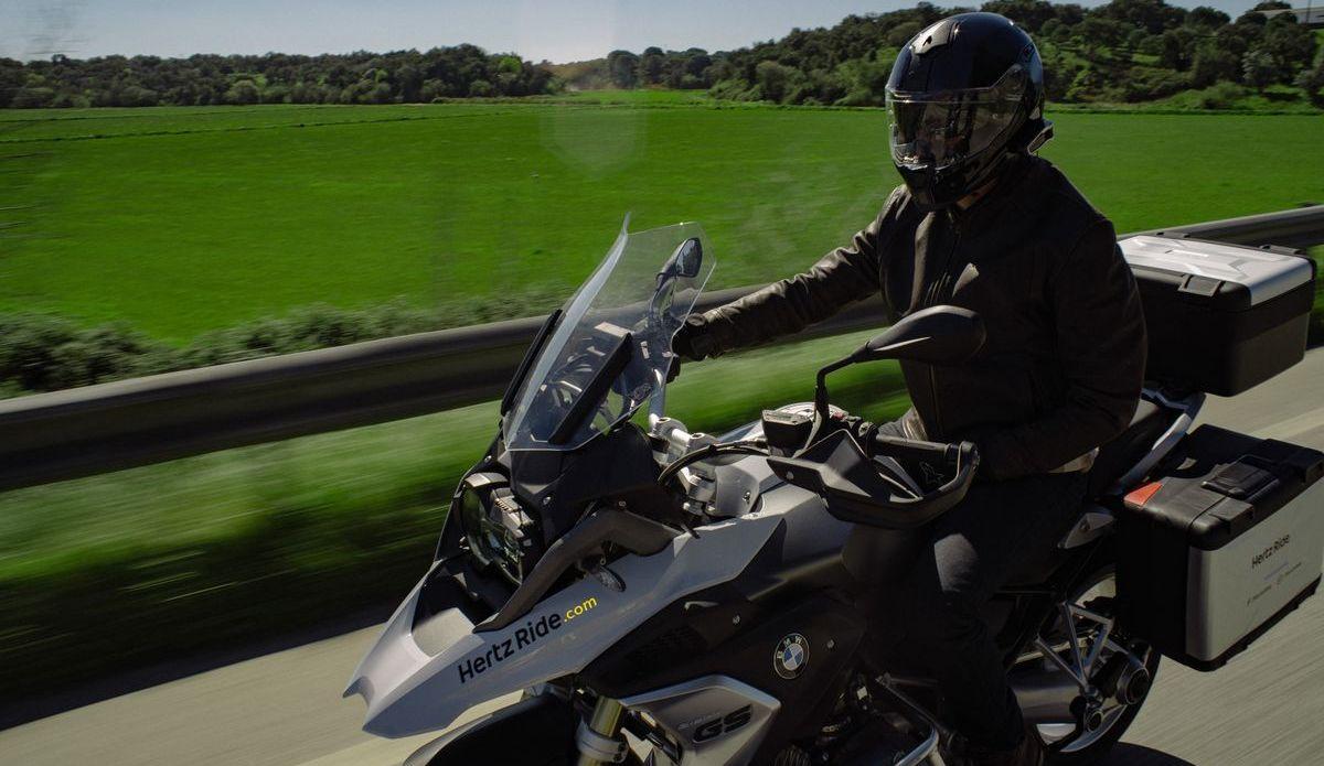 Motorradverleih Hertz Ride