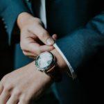 Stylishe Herren-Outfits, die jeder Mann kennen (und im Schrank haben) sollte