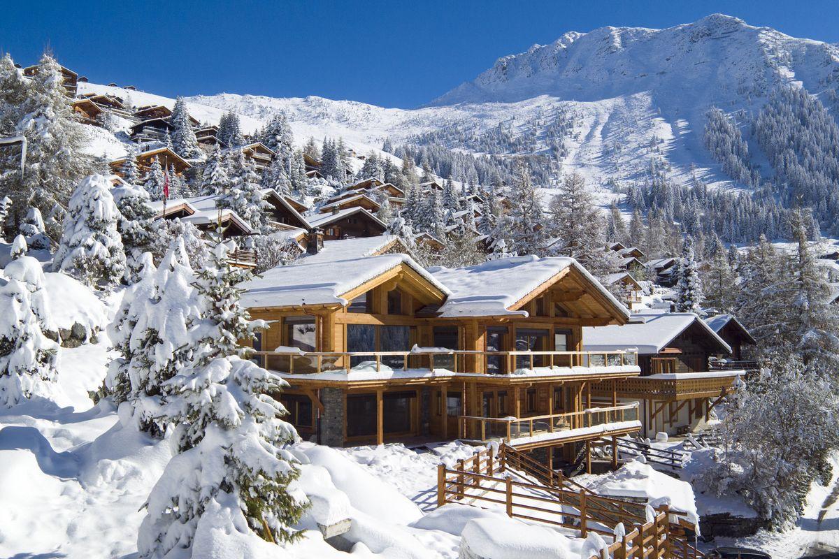 Luxus-Skiurlaub: Alpen-Chalets mit Concierge-Service