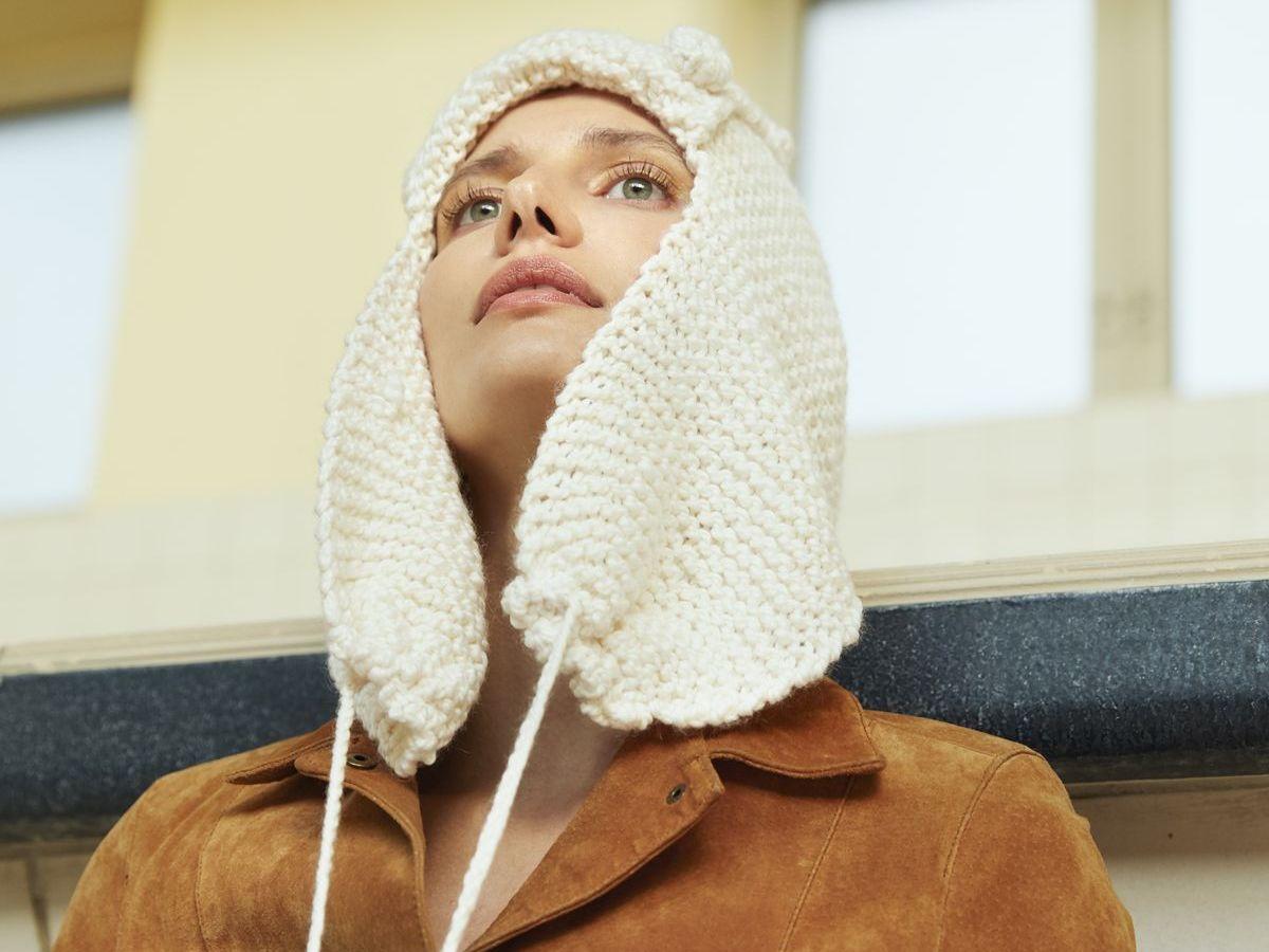 Die Mütze mit den XXL-Ohrenklappen ist alles andere als ein Standard-Modell.