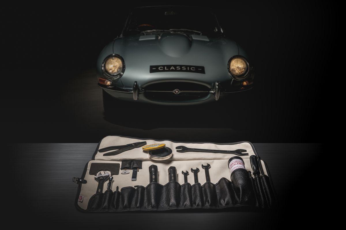 Jaguar Classic hat den originalen Werkzeugsatz des legendären E-Type neu aufgelegt