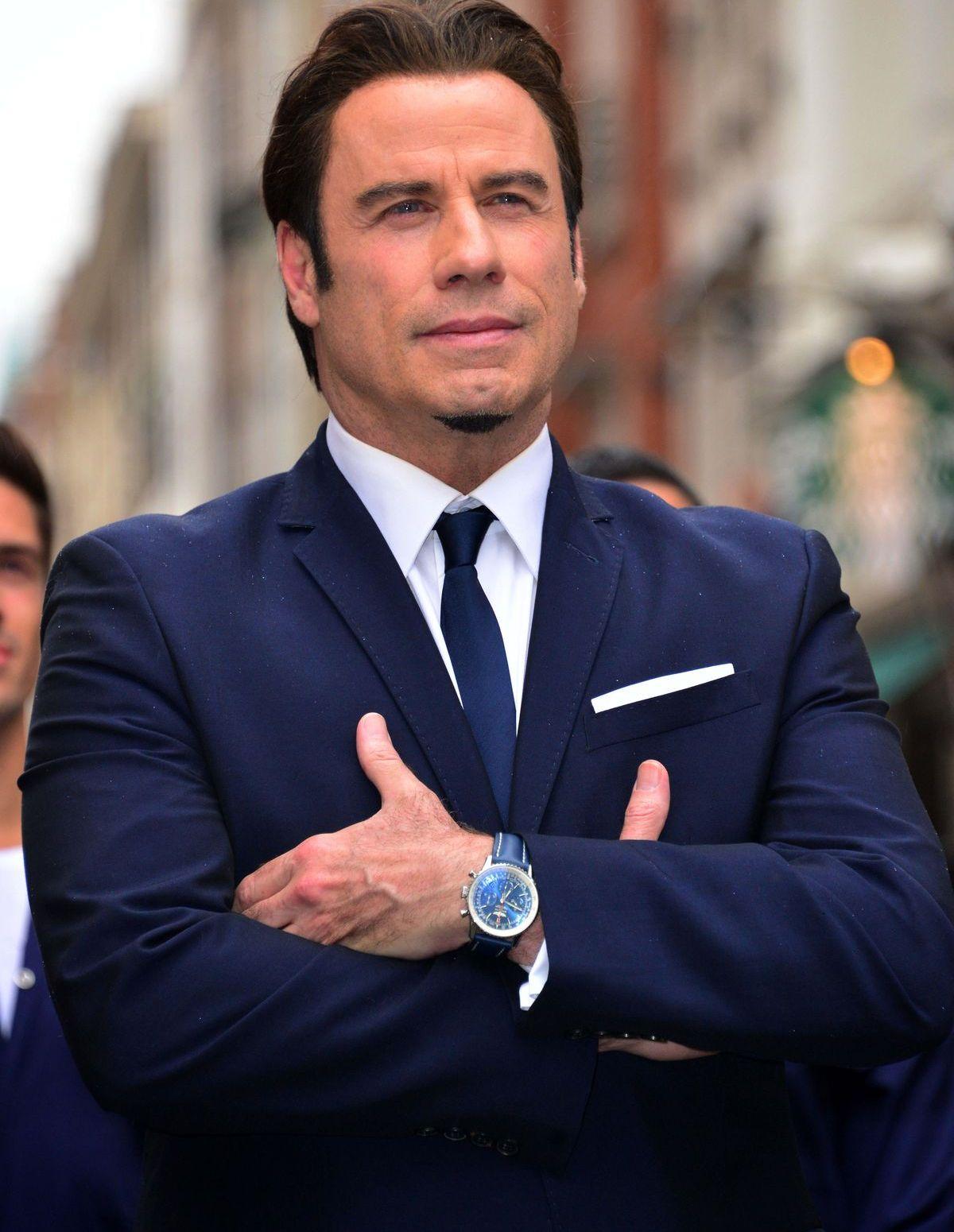 John Travolta trägt Breitling