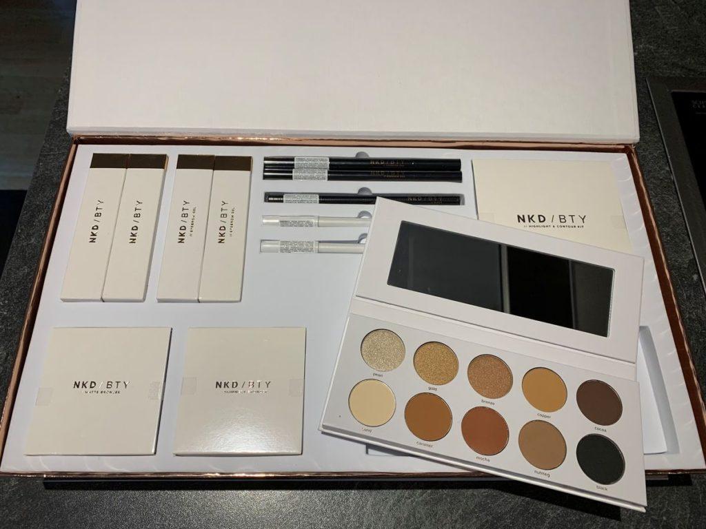 NKD / BTY: Gele und Stifte für die Augenbrauen, Eyeliner, neutrale Lidschatten-Paletten, Bronzer, Lipliner und flüssige Lippenstifte.