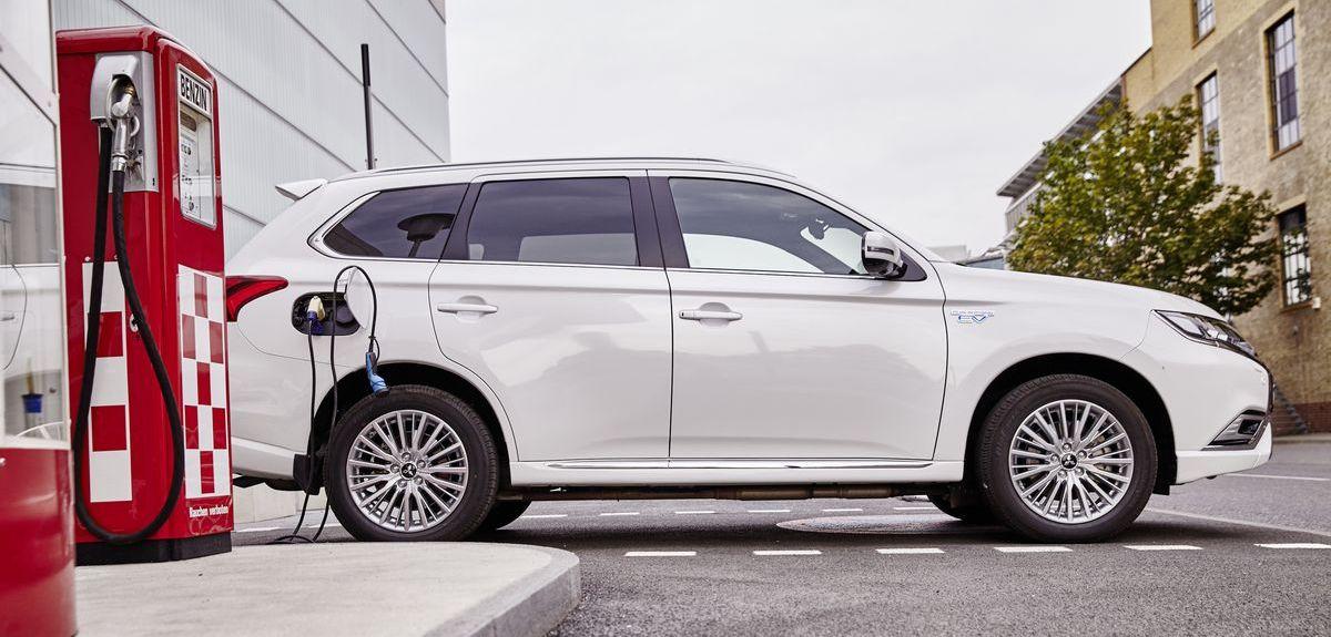 Der Mitsubishi Outlander PlugIn Hybrid soll Energie liefern.