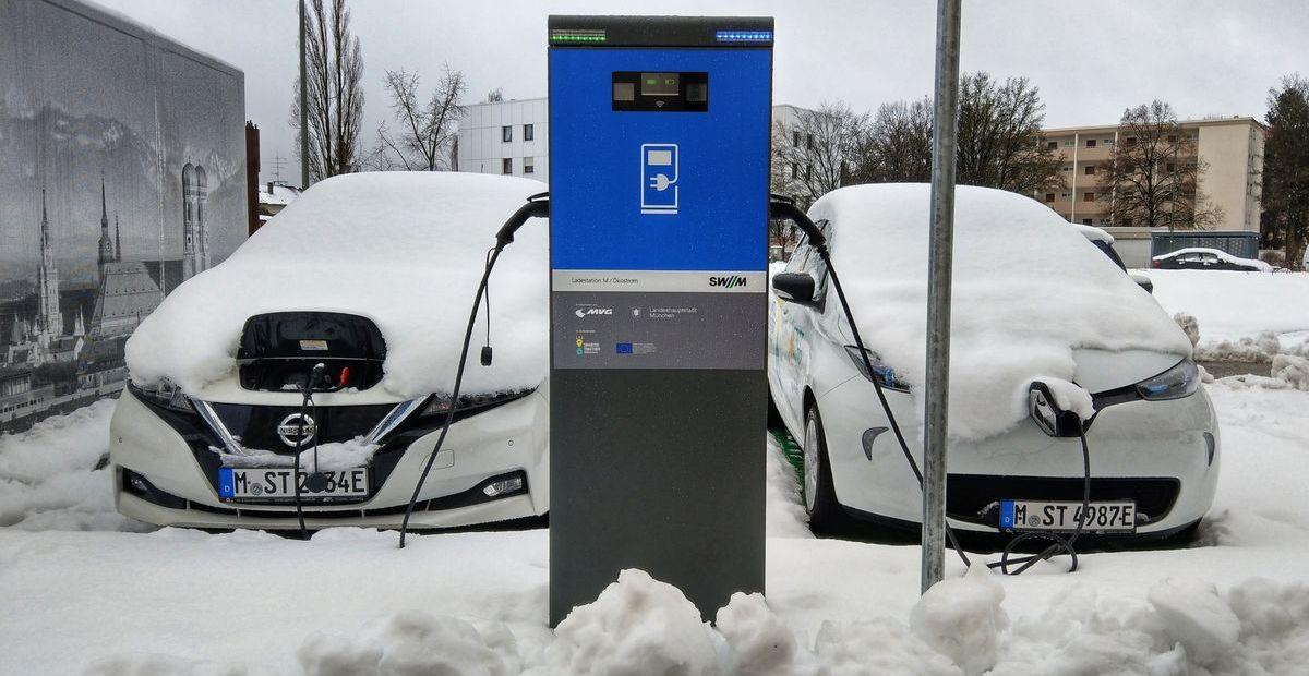 Elektroautos haben im Winter mit Problemen zu kämpfen.