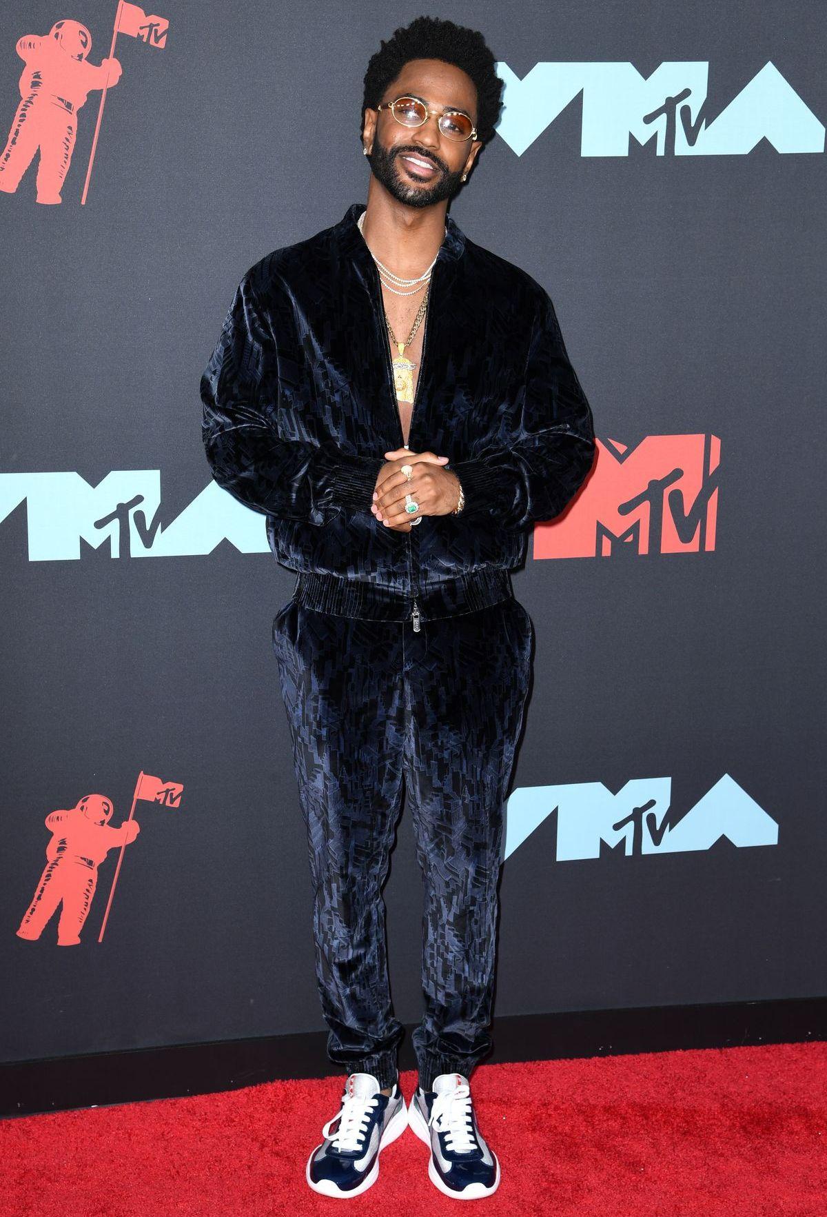 Rapper Big Sean steht oft mit extravaganten Brillenfassungen im Rampenlicht (ddp images).