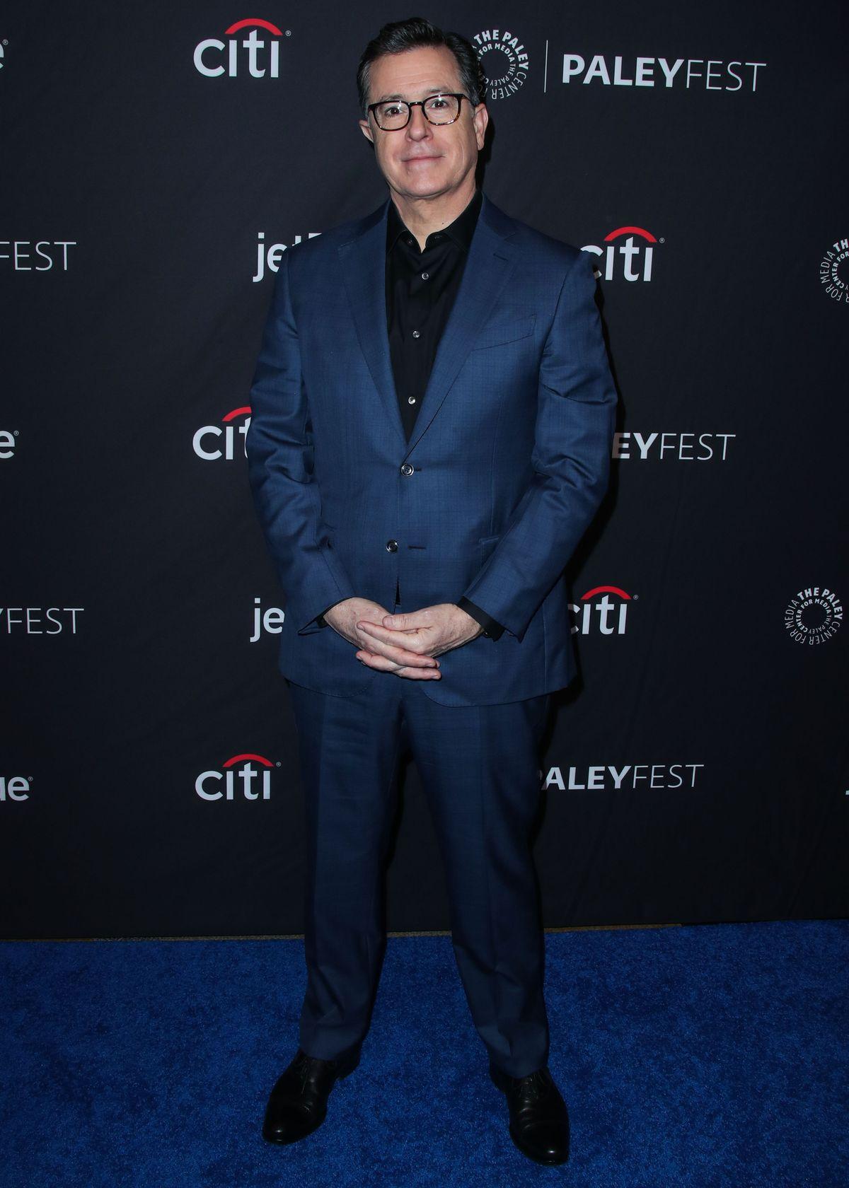 Comedia Stephen Colbert wählt den seriösen Brillen-Look (ddp images).