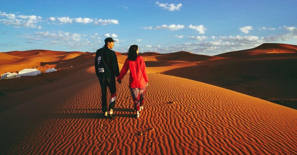Wandern in den Dünen Marrokkos