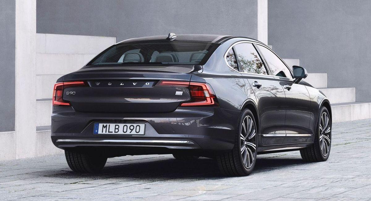 Volvo S90 Recharge T8 PlugIn Hybrid (2020)