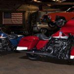 Harley-Davidson cruist als Billardkugel
