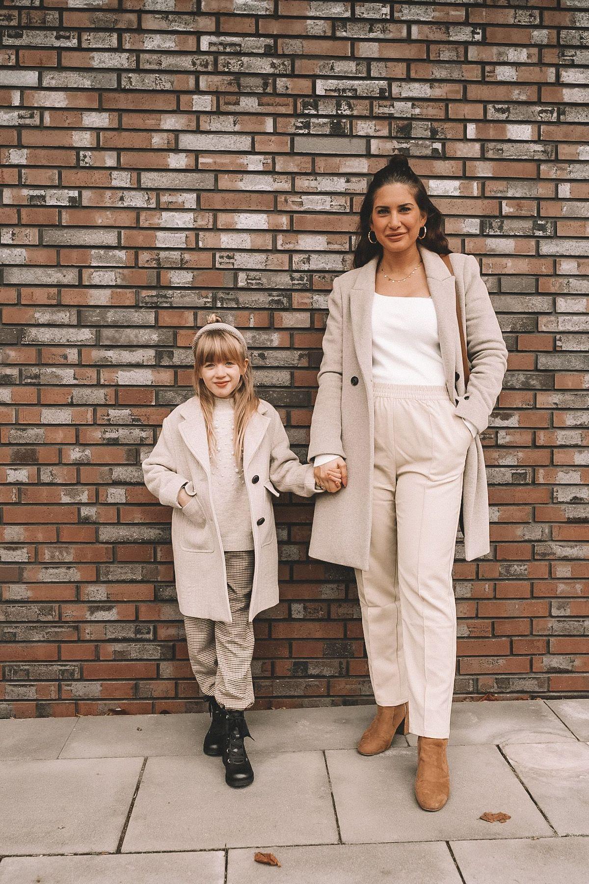 Influencerin Jill (@lebenslust__) mit ihrer Tochter