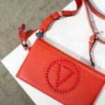 Handtaschen: Valentino oder Mario Valentino?