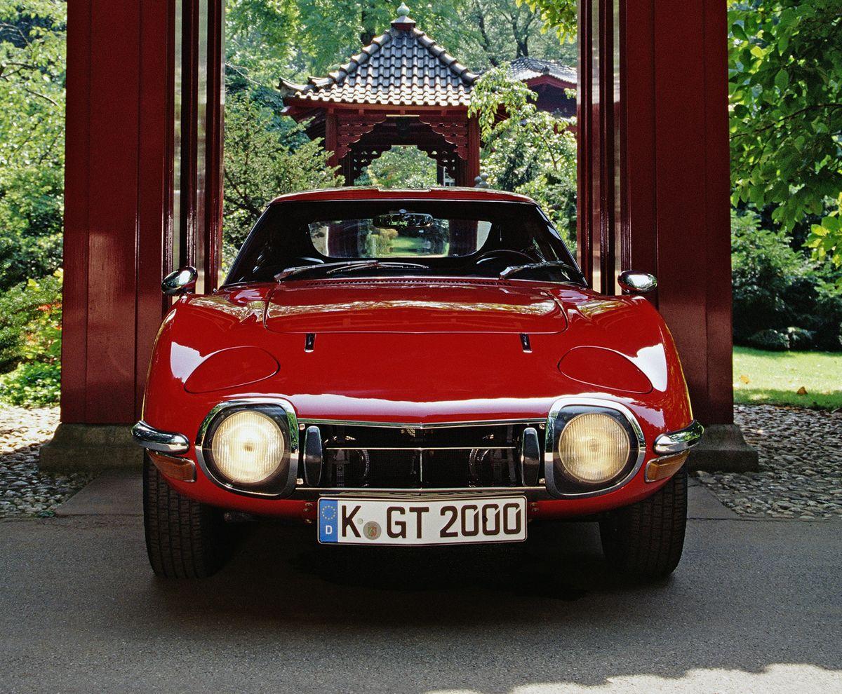 Toyota 2000 GT (1967 – 1970)