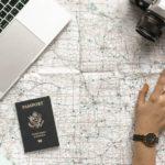 Urlaubsfahrt: Barfuß und mit Gummiboot