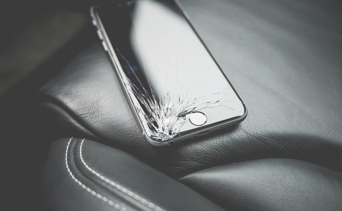 Spiderman: Glasbruch beim iPhone