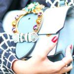 Farbige Luxus-Handtaschen von Gucci, Louis Vuitton und Valentino