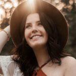 Tates: Influencerin Katy Devlin bringt eigene Marke