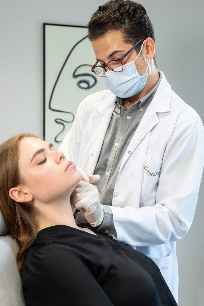 Docboom: Minimalinvasive Eingriffe mit natürlichen Ergebnissen