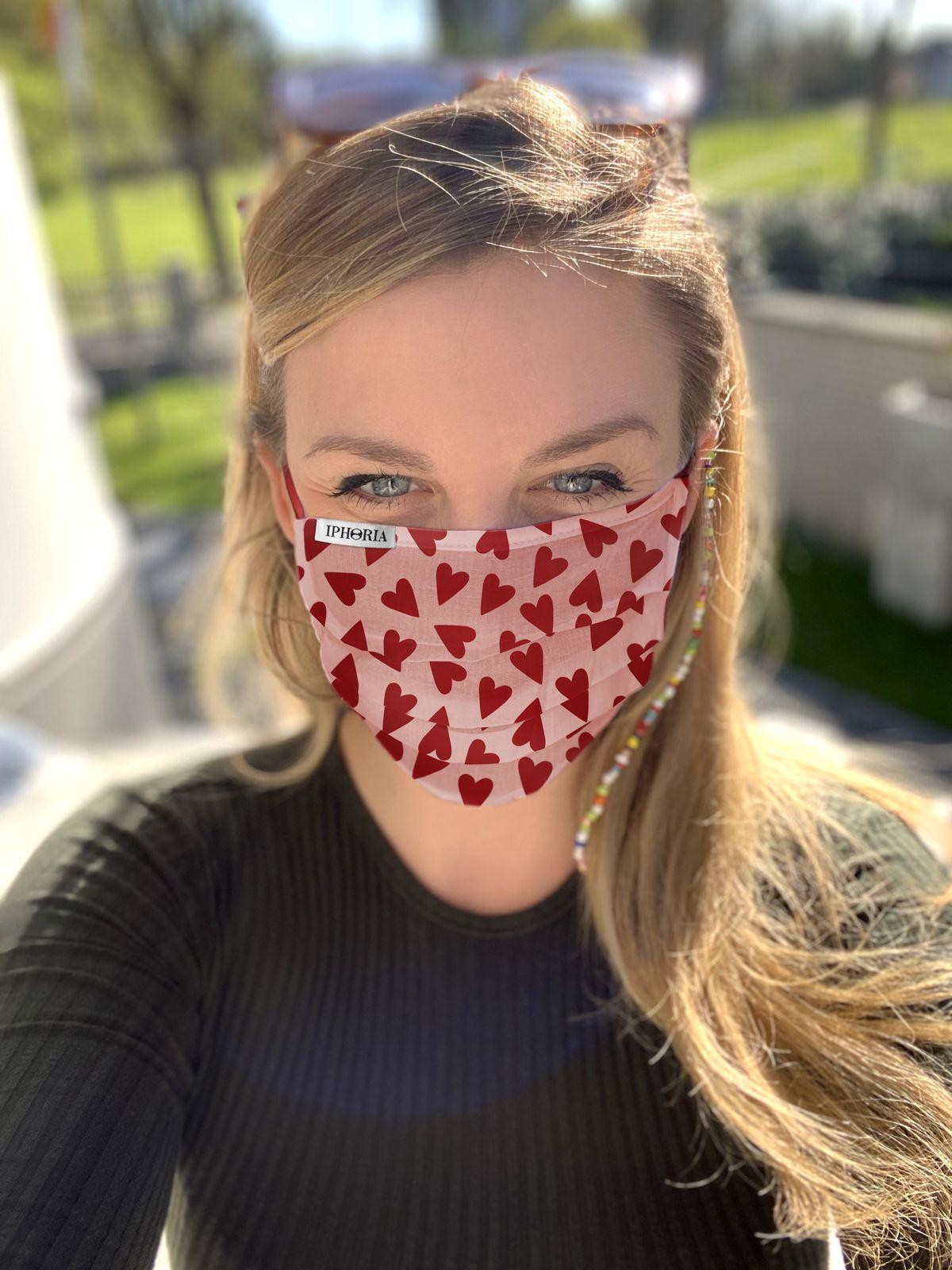 Iphoria: Personalisierbare Stoffmasken der Designerin Milena Jäckel