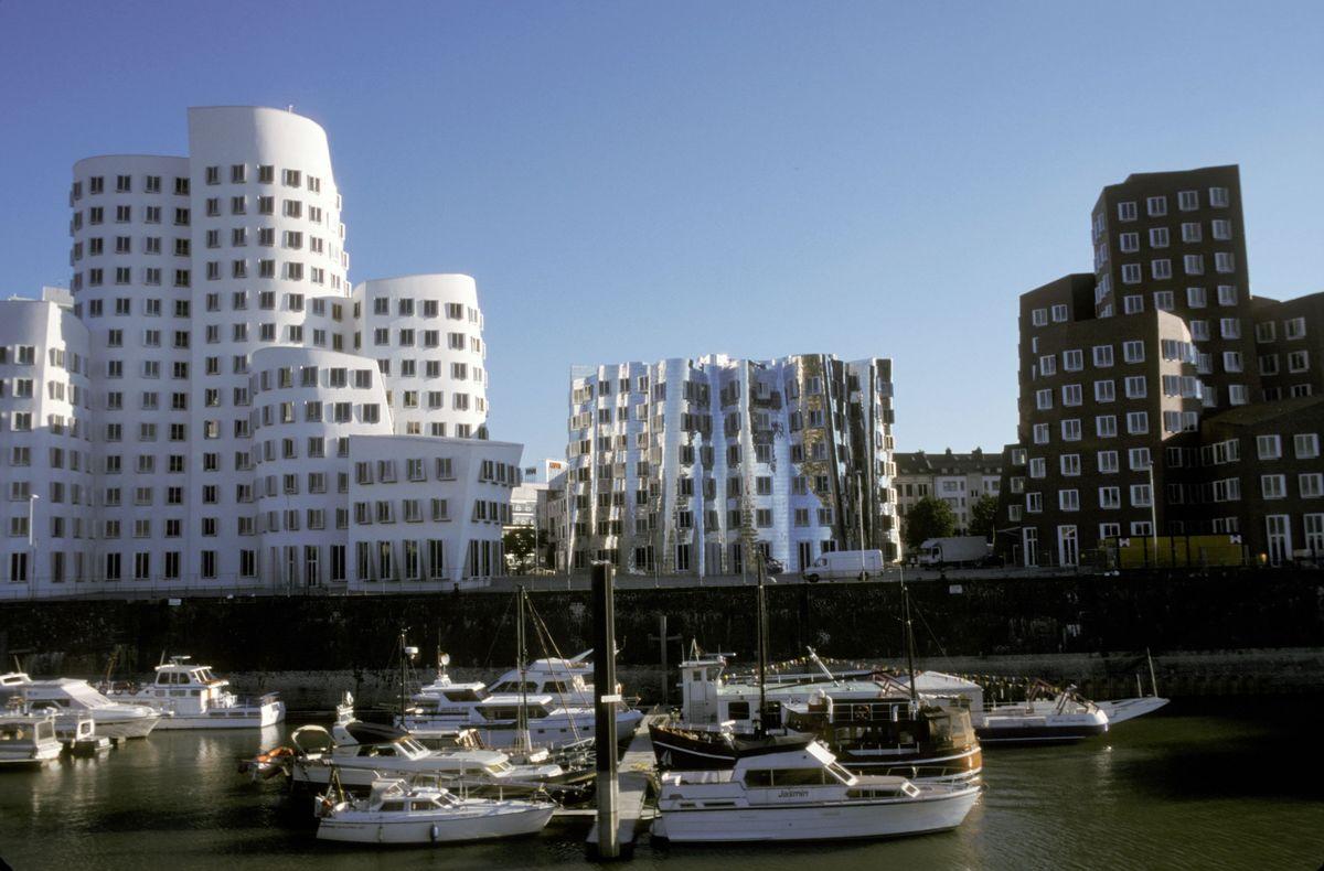 Gehry-Bauten in Düsseldorf, Frank O. Gehry